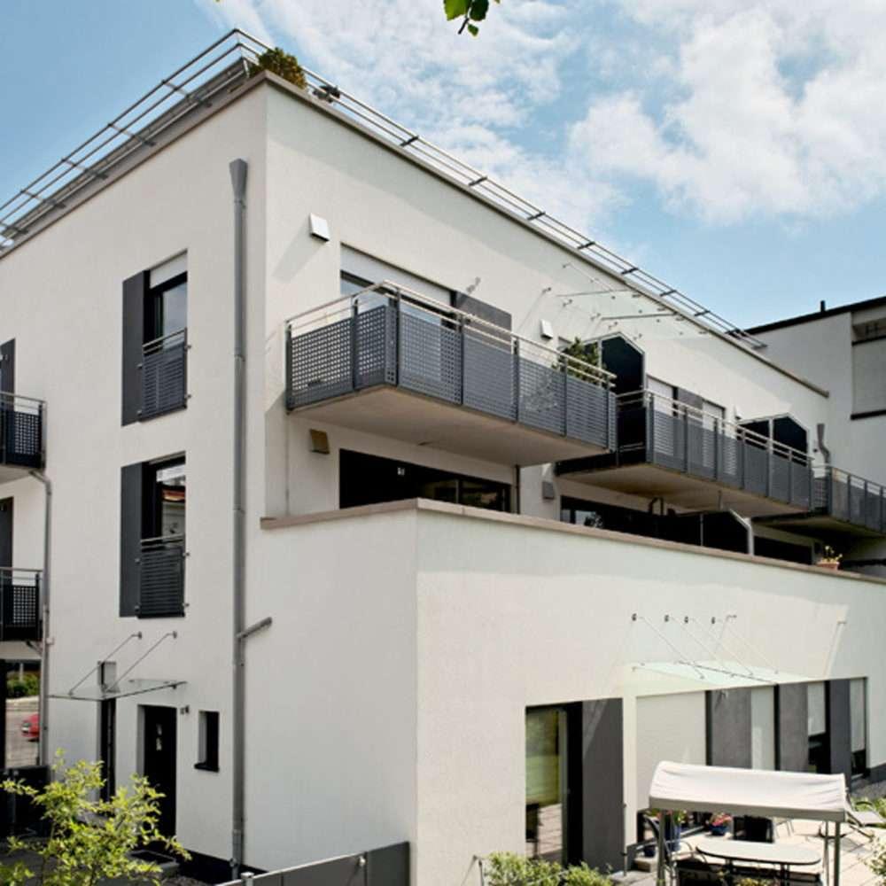 Planegg, Wohn- und Geschäftshaus